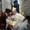 Gianduja consegna i pani della Carità all\'Arcivescovo Nosiglia