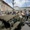 I mezzi militari in piazza Castello