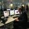 Il Sindaco Piero Fassino controlla i monitor di sicurezza