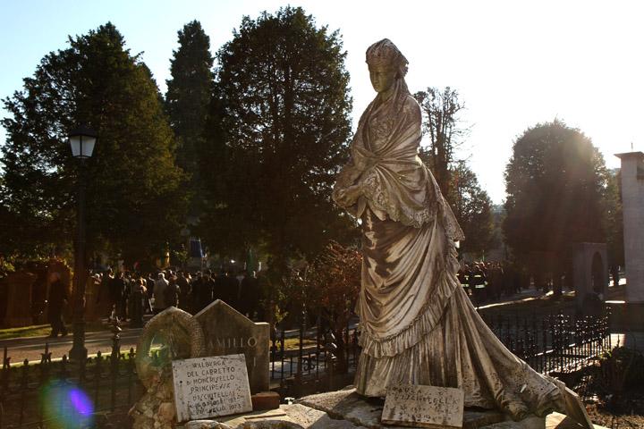 Cimitero monumentale di torino for Rosa dei mobili torino