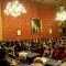 Il Presidente del Consiglio Comunale, Giovanni Maria Ferraris, apre la seduta solenne del Consiglio Comunale