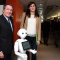 Gian Maria Gros-Pietro e Chiara Appendino con Pepper, il robot-guida dell'Innovation Center di Intesa Sanpaolo