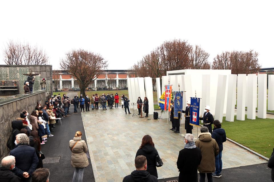 Un memoriale per le vittime del rogo della Thyssen